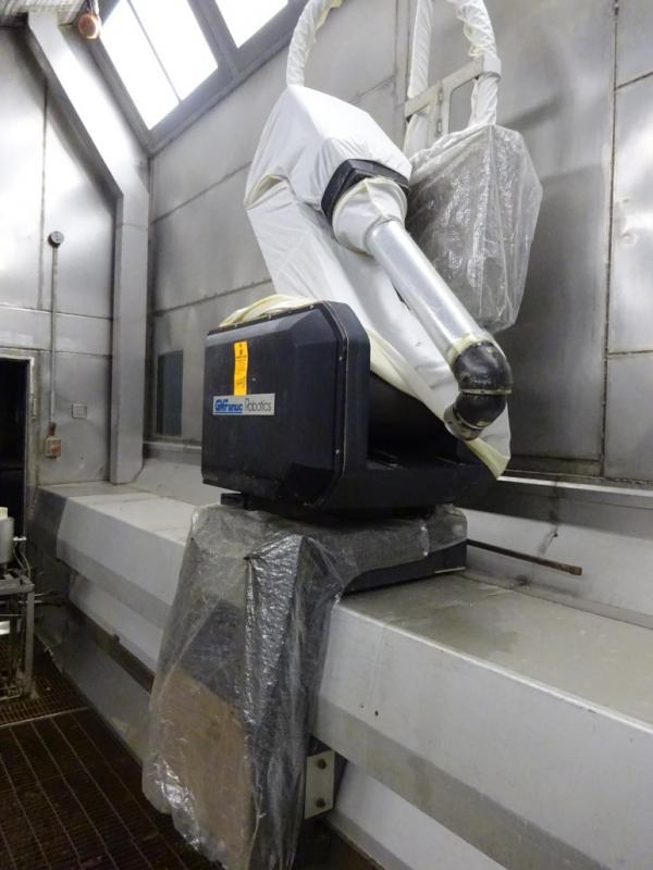 GM Fanuc Model P-155 Painting Robot Arm S/N M0085 Paint Booth # 2