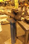"Wilton 600 6"" Bullet Vise on a stand"